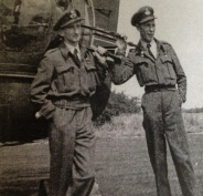 Air gunners F/O Johnny Freemantle and F/O Taffy Evans, 1945